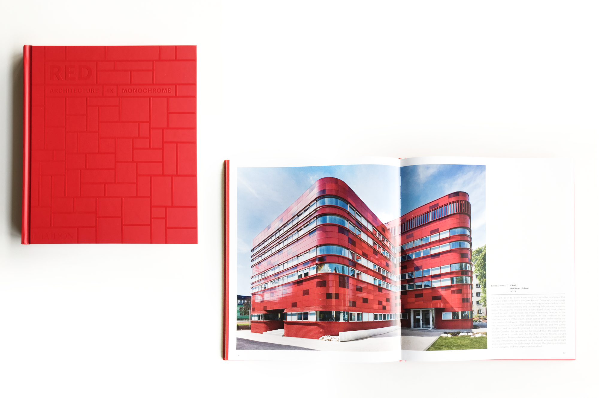 RCKiK in Racibórz: Red. Architecture in monochrome – published by Phaidon